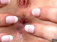 Nice sweetie-pie is gaping left-wing cunt in close range and having orgasm