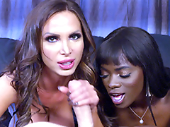 Man convinced black Ana Foxxx and white Nikki Benz to give a XXX blowjob