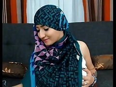 Maleena a muslim Hijabite shows off her Nice tits increased by Big fat ass - More on 366cams.com