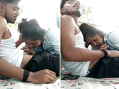 Desi Clg Girl Sucking Lover Dick