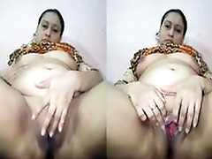 Today Exclusive- Horny Paki Milf Enjoying Masturbating