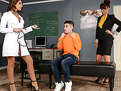 Best adeptness for student is XXX threesome with blue nurse and professor