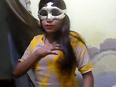 Desi XXX - Charming Indian Village Bird Showing Uncomplicated Tits