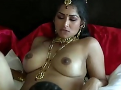 Extremely turned insusceptible to dark skinned Desi lady's man eats wet pussy be worthwhile for his GF