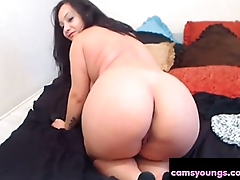 Chubby BBW Brunette Shows Her Ass High Heels Porn
